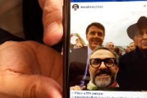 """La visione di Expo 2015 dello chef tristellato Massimo Bottura, a tavola con il premier Matteo Renzi: """"impensabile fino a 10 anni fa un cuoco sul palco di apertura di un evento così importante insieme alle massime autorità del Paese"""""""