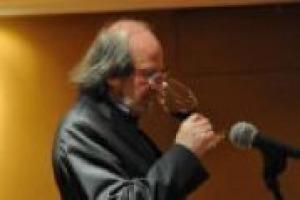 ''I manifesti del vino? Non sono una novità, il nostro è di 20 anni fa, ed è ancora attuale. La novità sarebbe una maggiore penetrazione del vino di qualità tra gli italiani''. Parola di Gigi Brozzoni, guida del Seminario Permanente Luigi Veronelli
