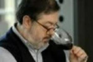 ''Giacomo Tachis ha creato la filosofia moderna dell'enologia italiana, iniettando ''bordolesità'' nel nostro modo di intendere l'enologia''. Così, Daniele Cernilli, uno dei massimi conoscitori del panorama vinicolo italiano, celebra Giacomo Tachis
