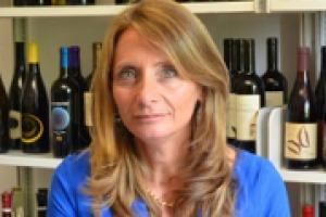"""Sempre più """"bio"""" e trasparenza, il """"novel food"""" in arrivo, il vino che continua ad essere """"trendy"""", ma con un mercato italiano che si apre sempre di più anche alle produzioni straniere: i trend da osservare nel 2018 per la sociologa Marilena Colussi"""
