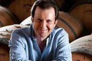 """""""Quando ci associamo, c'è la paura di dire a voce alta che il consumo di vino (in maniera moderata) non fa male. Bisogna promuovere il nostro prodotto tutti insieme senza paura di ripercussioni"""". Così Domenico Zonin Presidente Unione Italiana Vini"""