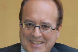 A un mese da Vinitaly 2014, le parole di Giovanni Mantovani, direttore generale di VeronaFiere: dal record dell'export enoico del 2013 alle opportunità dell'Expo 2015, passando per una fiera che apre i battenti alle aziende estere