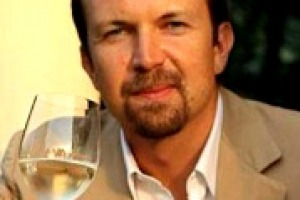 """""""Il Prosecco non è in competizione con lo Champagne, sono diversi. Ma cresce, sta diventando sempre più un vino a tutto pasto e crescerà ancora, soprattutto in Germania, Uk e Usa"""". Così Domenico Zonin, produttore e presidente Unione Italiana Vini"""