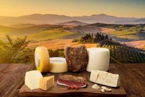 Nomisma: l'export agroalimentare italiano nel 2017 supera i 40 miliardi di euro, ma i big exporter sono lontani, con la Germania a 76 miliardi di euro e la Francia a 60. Lo spazio per crescere c'è ma pesano dazi e politiche protezionistiche Usa