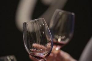 Dall'Amarone al Soave, passando per la Toscana delle tante denominazioni, e ancora da Montefalco, Bardolino, Campania (e forse Basilicata) Langhe e Roero e Sicilia: ripartono le grandi anteprime del vino italiano, in agenda con WineNews