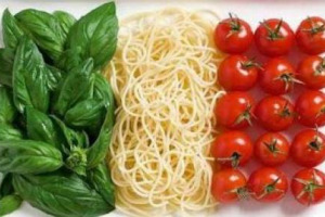 """236 miliardi di euro il valore dei consumi alimentari in Italia. Bene il bio, arriva il """"novel food"""""""