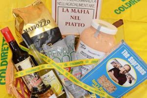 Il business delle agromafie cresce nel 2017 raggiungendo i 21,8 miliardi di euro di affari, +30% sul 2016 a causa dell'italian sounding e falso made in Italy: così Coldiretti nella Giornata della Memoria in ricordo delle vittime innocenti delle mafie