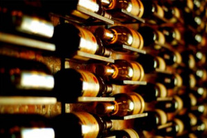 """""""Fine Wines"""", il futuro del vino italiano, che nel primo mercato del mondo, gli Usa, in piena """"premiumization"""", è già posizionato ai vertici del segmento più redditizio del business enoico. A dirlo l'indagine di Nomisma per l'Istituto Grandi Marchi"""