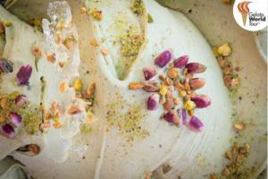 """Semplicemente """"Pistacchio"""" ma il più buono al mondo: il miglior gusto di gelato prodotto in Italia, dal gelatiere Alessandro Crispini (Gelateria Crispini, Spoleto), incoronato al """"Gelato World Tour"""", tra """"Gorgonzola e Pere"""" e """"Sapore d'Amatrice"""""""