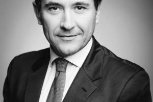 Razionalizzazione degli investimenti, crescita del fenomeno del merger & acquisition, arrivo di capitali dal mondo in un settore solido, anche in Italia, e nuove forme di governance: a WineNews l'analisi di Lorenzo Tersi (LT Wine & Food Advisory)