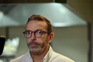 """Nella Michelin 2018 di Francia non ci sarà il Le Suquet di Sébastien Bras, tristellato che ha chiesto alla Rossa di uscire dalla guida. Una forma di rispetto o di debolezza? Ai posteri l'ardua sentenza ma il peso delle """"stelle"""" è spesso insostenibile"""