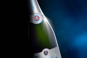 Mondiali di Calcio 2018, la Maison Taittinger, storica griffe dello Champagne, annuncia la sua collaborazione con la Fifa come sponsor ufficiale della competizione in Russia, con una bottiglia speciale ad edizione limitata