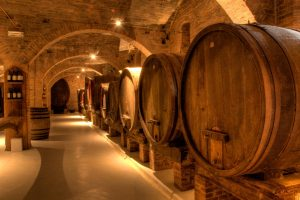 In mid-May Italian cellars stocked 45.1 million hectoliters of wine