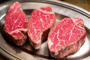 """Né vegetariani o vegani, né amanti della carne: in Italia si diffondono i """"meatlesslovers"""""""
