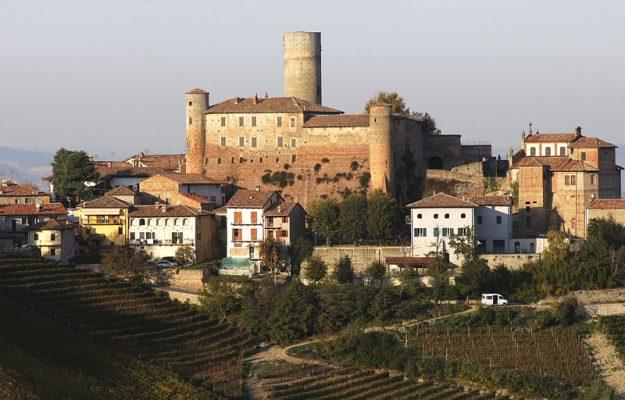 castello Vassallo, Castiglione Falletto, Cavallotto, Italia