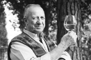 Enologo, gastronomo e critico: nasce l'Alta Scuola di Gastronomia dedicata a Luigi Veronelli
