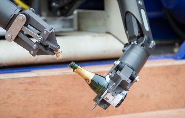 CHAMPAGNE, ROBOT, Mondo