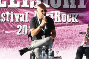 Storie di musica e di vino: Enrico Ruggeri, tra i cantautori più amati della scena rock italiana, da raccontarne, a WineNews, ne avrebbe tante, ma a fare incontrare due mondi apparentemente distanti è un nome, quello di Piero Ciampi