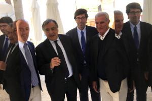Il cambiamento di Palermo e quello del vino siciliano in parallelo: parla il sindaco Leoluca Orlando