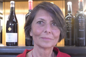 Questione di etichetta: tra marketing, legislazione e tutela del marchio, l'etichetta del vino vista dal mondo della comunicazione, con Simonetta Doni (Doni & Associati), e della legge, con Elisabetta Guolo e Paola Stefanelli (Studio Bugnion)