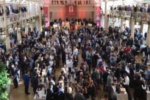 Il Merano Wine Festival? Una vetrina di eccellenza, capace di far incontrare vignaioli, consumatori e trader di Germania, Austria e Svizzera, in una cornice unica, come hanno raccontato, a WineNews, i produttori del Belpaese