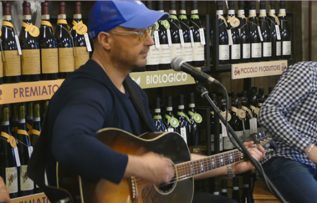 JOE BASTIANICH, MILLENNIAL, News