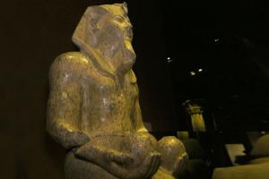 Agli Antichi Egizi dobbiamo due pilastri della nostra alimentazione, il pane e la birra. Ma che ruolo aveva il cibo nella civiltà dei Faraoni? Lo abbiamo chiesto a Sasca Malabaila, responsabile didattica Museo Egizio Torino