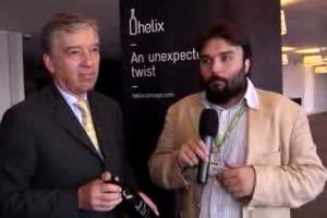 Tappo di sughero o a vite? Entrambi. Dopo 4 anni di ricerca tra O-I, leader mondiale nei contenitori di vetro per alimenti, e Amorim, n. 1 del sughero, nasce ''Helix'', il nuovo packaging per il vino che vuole rivoluzionare il binomio sughero-vetro