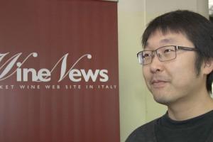"""""""Il primo motivo per cui il vino italiano è ancora indietro in Cina è perché nel Paese non c'è ancora cultura del vino e il gusto dei vini italiani (tannici e molto acidi), non è apprezzato a pieno"""". Così Yang Lu wine director di Shangri-La Hotels"""