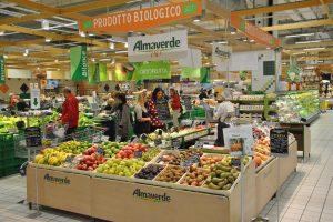 Il bio piace sempre di più agli italiani: oltre 1,5 miliardi le vendite nella Grande distribuzione