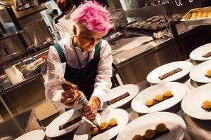 Geniale ed eclettica, a Cristina Bowerman il Premio Nazionale Galvanina Miglior Chef 2018