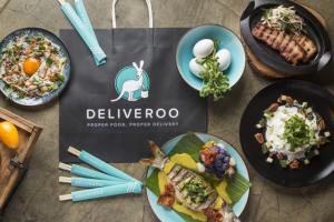 Marketplace+, nella famiglia Deliveroo entrano ristoranti che gestiscono le loro consegne da soli