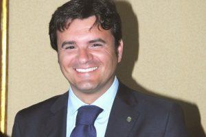 Dai dossier del vino alla promozione di agricoltura e turismo: a WineNews il Ministro Centinaio