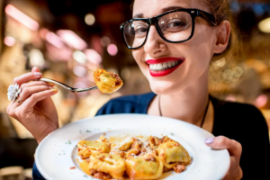 La cucina preferita dai viaggiatori russi è quella italiana, e il vino tricolore è il più importato
