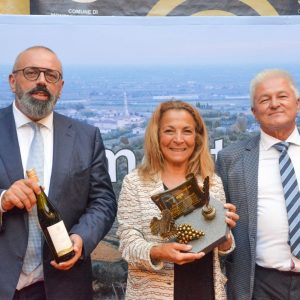Il mondo del vino premia Donatella Scarnati, volto e voce dei grandi eventi sportivi in Rai