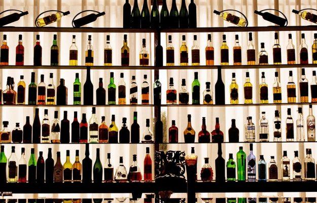 CONTRAFFAZIONE, GRAN BRETAGNA, SPIRITS, vino, Mondo