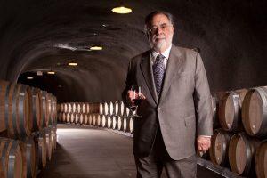 """Francis Ford Coppola su """"La Place de Bordeaux"""": Inglenook entra nel più prestigioso mercato del vino"""