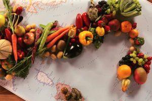 Pranzi, cenoni e boom dei regali enogastronomici: la produzione alimentare vola trainata dal Natale