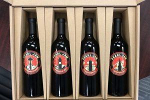 """""""Home x Away"""": i Pearl Jam firmano una collezione speciale di vino, i ricavati in beneficenza"""