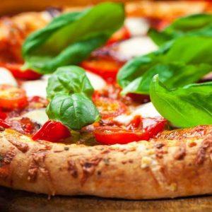 A Napoli, patria della vera pizza, per scoprire la Migliore pizzeria d'Italia e del mondo