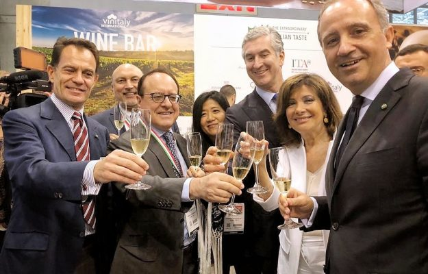 ICE, NOMISMA, USA, VINITALY, Italia