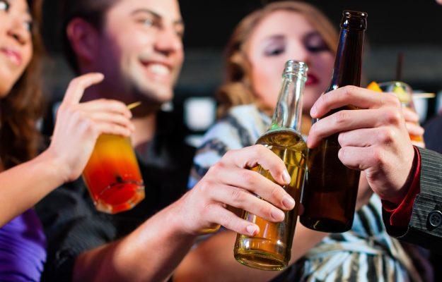 alcol, BINGE DRINKING, CONSUMI, MILLENNIALS, TEENAGER, USA, Mondo