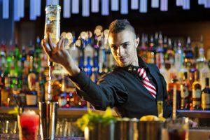 In Uk cresce la popolarità dei cocktail: 1 inglese su 5 li preferisce a birra e vino