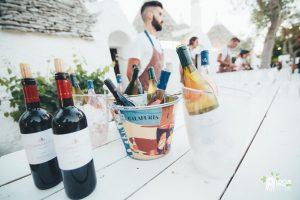 """Dal Locus Festival a """"100 vini bianchi di terra e mare"""", il vino alla conquista del turismo """"blu"""""""