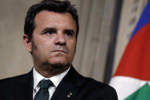 Tra vendemmia, etichette e turismo, il Ministro delle Politiche Agricole Gian Marco Centinaio