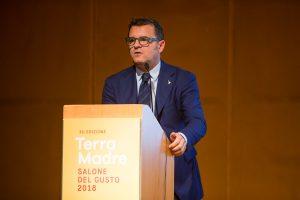 """Gianmarco Centinaio: """"l'agricoltura italiana è diversa dalle altre, è sotto attacco e va tutelata"""""""