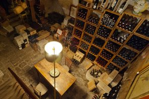 Piazza Duomo, Duomo, Reale e Villa Fiordaliso: le wine list top in Italia per World of Fine Wine