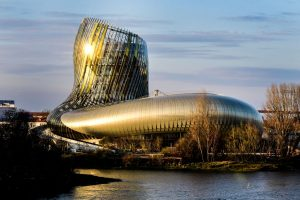 Il fascino de La Cité du Vin, un'attrazione culturale da 1 milione di visitatori da 176 Paesi