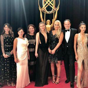 Da Henry Winkler a Rachel Brosnahan, i vincitori degli Emmy Awards brindano con Ferrari