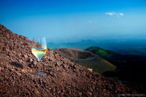 """Volcanic Wines d'Italia, verso una vera """"zonazione"""" con la Società Geologica Italiana"""
